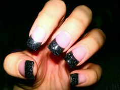 im totally diggin the black right now