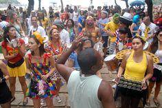 O bloco sai no Leme, dia 11, segunda de carnaval, às 17h. Concentra na praia em frente ao Sindicato do Chopp, vai até Copacabana e volta de onde começou. Obs: As informações são de responsabilidade dos blocos. Estão sujeitas a alterações de data e local sem aviso prévio.
