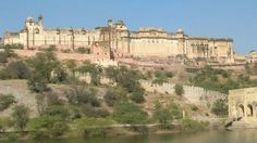 The Amber Fort just to the north of Jaipur was the first capital of the Kachwaha clan of Rajputs