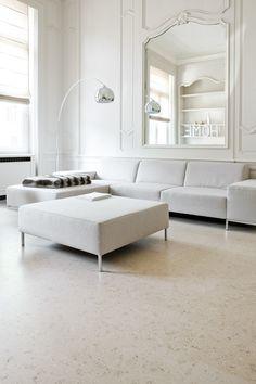 De ideale vloer voor in de living. Uitstaling, warmte, onderhoudsvriendelijk. Qualycork clic Lisboa champagne te bezichtigen in onze toonzalen of op kurk.be