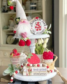 Your place to buy and sell all things handmade Strawberry Kitchen, Strawberry Farm, Strawberry Decorations, Valentine Decorations, Tray Styling, Seasonal Decor, Holiday Decor, Country Farmhouse Decor, Farmhouse Style