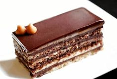 Τούρτα opera με τρεις κρέμες. | Greek Sweets, Greek Desserts, Party Desserts, Greek Recipes, Sweets Cake, Cupcake Cakes, Opera Cake, Cake Recipes, Dessert Recipes