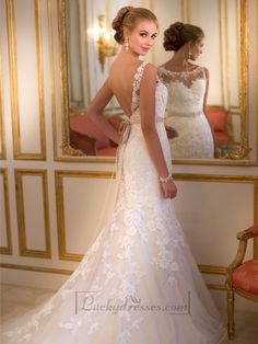 Fit and Flare Illusion Lace Bateau Neckline Wedding Dresses with Open V-back