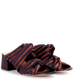 Commandez Mules en toile à rayures Amelie dans une des plus importantes boutiques de mode en ligne.  Livraison rapide. Paiement sécurisé.