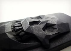 Non Serial Object : Skull cases - Hugo Arcier 3d Printing News, 3d Printing Technology, Digital Fabrication, Skull Face, Best Gifts For Men, Coque Iphone, Skull And Bones, Cool Gadgets, 3 D