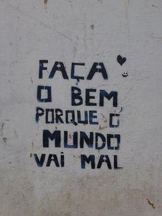 Um bom muro para o feriado na Rua Gomes Carneiro no bairro Porto em Pelotas- RS