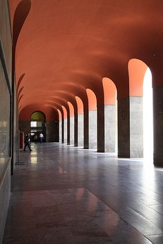 Post office, Palermo. Arch. Angiolo Mazzoni. Built 1930/1934