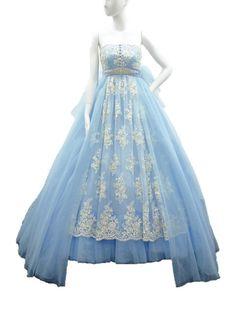 ジルスチュアート ホワイトからディズニー映画『シンデレラ』をイメージしたスペシャルドレスが登場   ニュース - ファッションプレス