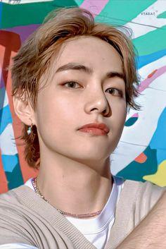 Bts Taehyung, Bts Bangtan Boy, Bts Jimin, Foto Bts, Kpop, V Bts Wallpaper, Bts Korea, Album Bts, Bts Lockscreen