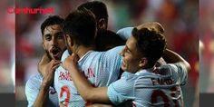 #AMilliTakım'ın İzlanda ve Finlandiya maçlarının hakemleri belli oldu: A Milli Futbol Takımı'nın İzlanda ve Finlandiya ile oynayacağı maçların hakemleri belli oldu. - Türkiye A Milli Futbol Takımı'nın 2018 FIFA Dünya Kupası Avrupa Elemeleri I Grubu'nda oynayacağı mücadelelerin hakemleri açıklandı. Türkiye Futbol Federasyonu'ndan (TFF) yapılan açıklamaya göre, Ay-yıldızlı ekibin 6 Ekim 2017 Cuma günü İzlanda ile Eskişeh...