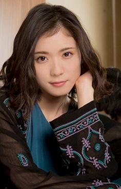 Japanese Beauty, Asian Beauty, International Film Festival, Pretty Woman, Girl Photos, Actors & Actresses, Asian Girl, Short Hair Styles, Beautiful Women