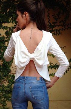 Bowknot Embellished Backless T-Shirt