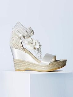 YolanCris | Uncover the YC bridal shoes & sandals