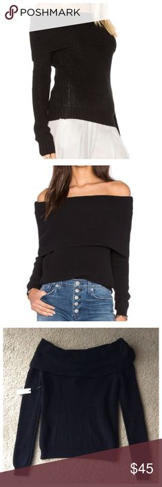 NWT Lovers + Friends Off Shoulder Sweater Show off those sexy shoulders with this comfy 100% cotton ribbed sweater. Size small with stretch in fabric. Lovers + Friends Sweaters Cowl & Turtlenecks