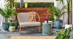 BISTRO  Ambiance : chic et coquette Astuce : appréciez les premiers rayons de soleil avec votre café du matin dans ce canapé inspiré des bistros français.  Meubles pour l'extérieur 149,99 $ #MyHomeSense