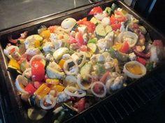 Backofengemüse auf Schafskäse, ein raffiniertes Rezept aus der Kategorie Gemüse. Bewertungen: 807. Durchschnitt: Ø 4,5.