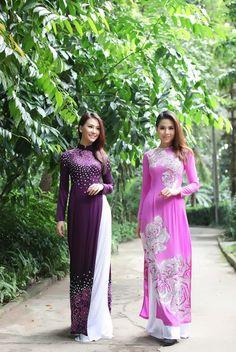 Mother of the Bride Ao Dai Traditional Vietnamese Wedding Attire Deep Sequinned Purple:
