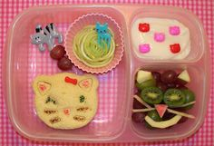 World Animal Day Hop!  Cat lunch in #EasyLunchBoxes with #CuteZCute cutters.