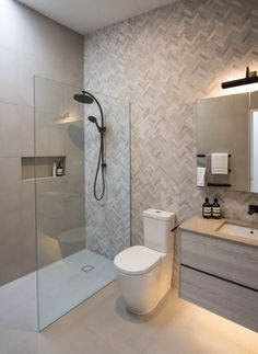 Wet rooms Small Ensuite Ideas Feature Wall Ensuite Wet Room Walk In Shower Overhead Doors-Design & A Small Wet Room, Small Shower Room, Wet Room Shower, Small Walk In Showers, Wet Room Bathroom, Rustic Master Bathroom, Bathroom Layout, Bathroom Ideas, Ensuite Room