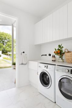 Laundry Room Design, Laundry In Bathroom, Modern Laundry Rooms, Meme Design, Laundry Room Inspiration, Coastal Bathrooms, Street House, Indoor Outdoor Living, House And Home Magazine