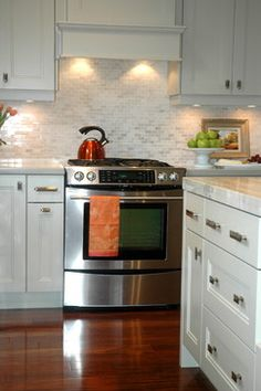 I really want a nice, light and neutral backsplash tile with a little shimmer to it    Style de Vie Design - eclectic - kitchen - toronto - Style de Vie Design