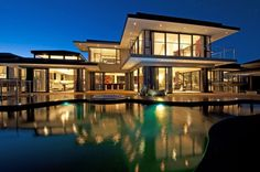 This contemporary residence is located in Knysna, a town in the Western Cape Province of South Africa.
