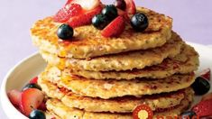 """""""Pancakes on a weekday before work or getting the kids off to school? No problem,"""" Food Network star Katie Lee says. Sin Gluten, Quinoa, Sandwiches, Pancake Toppings, Katie Lee, Wraps, Oat Pancakes, Healthy Recipe Videos, Blenders"""