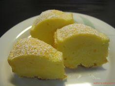 Wen's Delight: Lemon Sour Cream Cake
