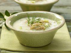 Kohlsuppe auf griechische Art - mit Vollkornnudeln und Zitrone - smarter - Kalorien: 261 Kcal - Zeit: 25 Min. | eatsmarter.de
