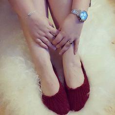 Mine hjemme strikket sutsko de er så lækre at have på. Smykkerne er fra @hvisk og uret er fra @certinadanmark. #sutsko #hjemmelavedesttutsko #hjemmestrikketstrømper #hjemmestrikkedesutsko #garn #yarns #smykker #smykke #ring #ringe #fingerringe #fingerring #armbånd #ure #certinawatch #certina #certinadanmark #certinadenmark #hvisk #hviskstyling #hviskstylists #hviskjewellery #hviskstylist