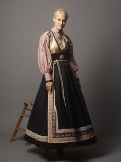 Modern Norwegian fashion, inspired by the traditional bunad Norwegian Clothing, Norwegian Fashion, Traditional Fashion, Traditional Dresses, Vintage Outfits, European Dress, Medieval, Scandinavian Fashion, Folk Costume
