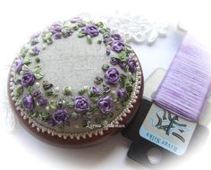 Roses and Pearls Purple Pincushion Kit por lornabateman22 en Etsy