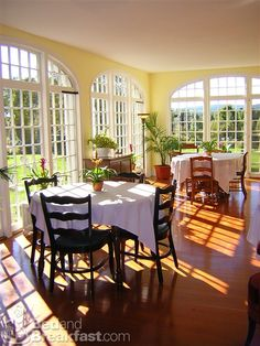 Stunning, sun-filled breakfast room in warmer months.