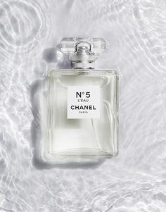 Chanel N°5 L'Eau Under Water