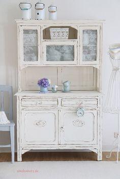 http://www.suendenherz.de/ #white #shabby #KitchenDresser #cupboard