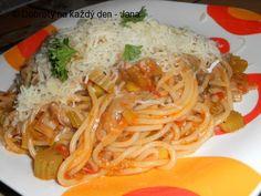 Naše Dobroty na každý den - Pikantní hlívové špagety. Pasta Recipes, Spaghetti, Toast, Cooking, Ethnic Recipes, Food, Author, Diet, Bulgur