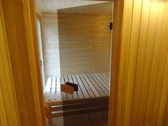 Pohled do odpočívarny u sauny NATURHOUSE.