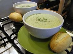 Minted Runner Bean Soup Runner Beans, Bean Soup, Light Recipes, Cheeseburger Chowder, Love Food, Cantaloupe, Side Dishes, Mint, Meals
