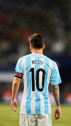 Fc Barcelona, Lionel Messi Barcelona, Argentina Wallpaper, Rugby, Lional Messi, Antonella Roccuzzo, Toni Kroos, Soccer Stars, Adidas Football