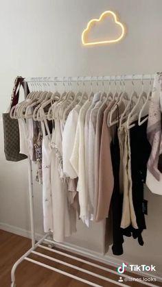 minimalist neutral bedroom