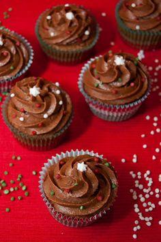 Cupcakes are my new love: ¡Feliz Navidad! ...y los cupcakes de turrón de chocolate definitivos