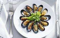 Gegratineerde mosselen met salade - Recepten - Mosselen kunnen altijd!