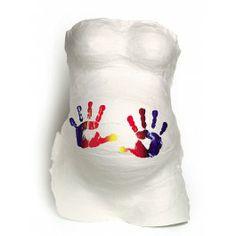 De Baby Art Belly Kit geeft je de mogelijkheid om op een zeer gemakkelijke en snelle manier een prachtige gipsafdruk te maken van je zwangere buikje. Als je kindje geboren is kun je je nog maar moeilijk een voorstelling maken van hoe je zwangere buik er ook alweer uitzag. Deze afdruk is een prachtige tastbare herinnering. Mooi om gewoon in gipskleur te bewaren maar ook met verf beschilderd is het een waar kunstwerk!100% veilig voor je baby.