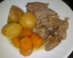 Two lamb shoulder posts in one week, you've probably guessed it was on offer! After the mid-week Roast Lamb Shoulder with Anchovies, Garlic & Rosemary I decided to get my slow cooker out …
