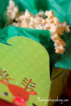 White Chocolate Peppermint Popcorn Bark