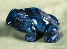 Pietersite Frog Carving
