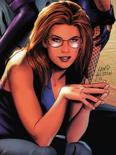 We all know that due to the Insane Joker Barbara Gordon had to give up being Batgirl since she was paralyzed from waist down and Oracle was born in B Barbara Gordon Oracle, Goku, Batgirl And Robin, Pin Up, Cassandra Cain, Batman Universe, Dc Universe, Stephanie Brown, Batman Family