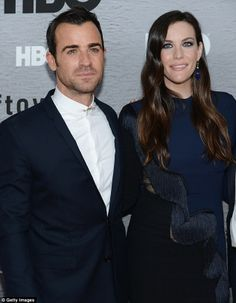 Jennifer Aniston and Justin Theroux walk the Leftovers red carpet Justin Theroux, Live Taylor, Nine Months, Romantic Moments, Other Woman, Jennifer Aniston, Red Carpet, Poses, In This Moment