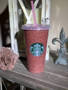 Starbucks Glitter Cup, Starbucks Coffee Cups, Starbucks Venti, Starbucks Drinks, Coffee Coffee, Personalized Starbucks Cup, Custom Starbucks Cup, Personalized Tumblers, Starbucks Birthday Party