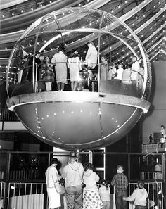 "The ""Bubbleator"" at the 1962 Seattle World's Fair"